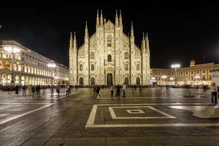 Foto de MILAN, ITALY - APRIL 17, 2018. Milan Cathedral -Duomo di Milano - at night, as viewed from Duomo square. City of Milan, region of Lombardy, Italy, Europe. - Imagen libre de derechos