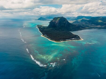 Photo pour Aerial view of Mauritius island panorama and Le Morne Brabant mountain, blue lagoon and underwater waterfall - image libre de droit