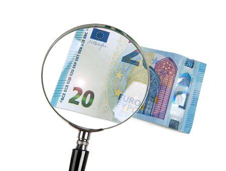 20 Euro ingranditi con lente d'ingrandimento