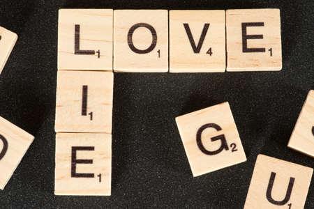 Photo pour Words Love and Lie - image libre de droit