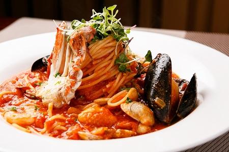 Foto de Pescatore tomato sauce pasta - Imagen libre de derechos