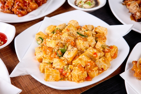 Mapa Tofu (Ground pork and sweet sauce with vegetables)