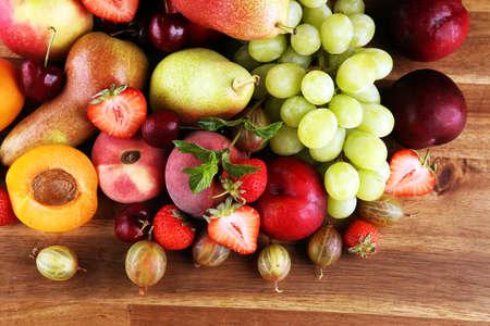 Foto für Fresh summer fruits with apple, grapes, berries, plums and organic apricot. - Lizenzfreies Bild