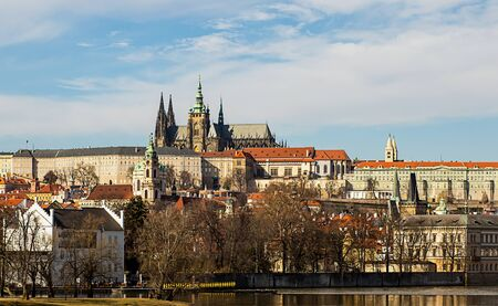 Photo pour Prague Castle residence of the President of Czech Republic complex of buildings royal palace cathedral of the holy vita museums sights of Prague. Czech Republic Prague March 2017 - image libre de droit