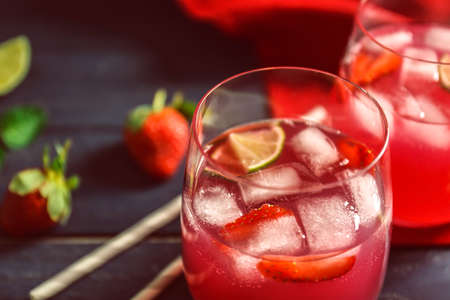 Refreshing cocktails with strawberry, closeup