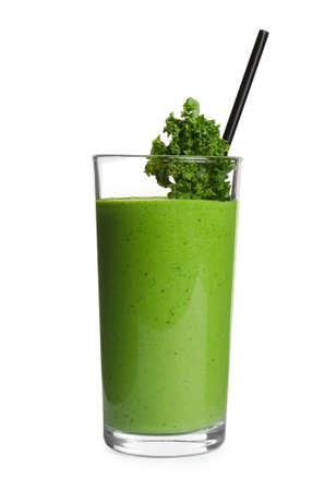 Photo pour Tasty fresh kale smoothie on white background - image libre de droit