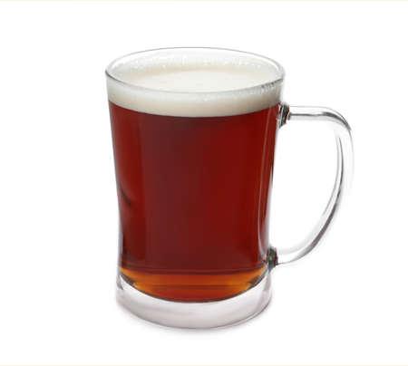 Photo pour Mug of delicious kvass isolated on white - image libre de droit
