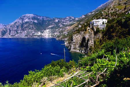 Foto per A Sunny Day in Amalfi Coast - Italy - Immagine Royalty Free