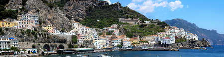Foto per Panoramic Landscape of Amalfi City, In Amalfi Coast - Italy - Immagine Royalty Free