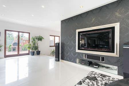 Foto de Big tv in a living room, horizontal - Imagen libre de derechos