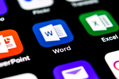 Foto de Sankt-Petersburg, Russia, September 30, 2018: Microsoft Word application icon on Apple iPhone X screen close-up. Microsoft office word icon. Microsoft office on mobile phone. Social media - Imagen libre de derechos