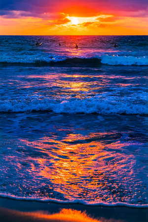 Photo pour Surfers Watching Sunset La Jolla Shores Beach San Diego California - image libre de droit