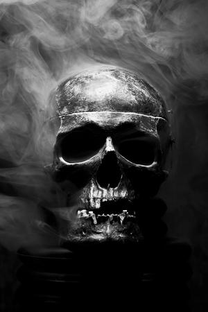 Photo pour Close up of gas mask on black background. - image libre de droit