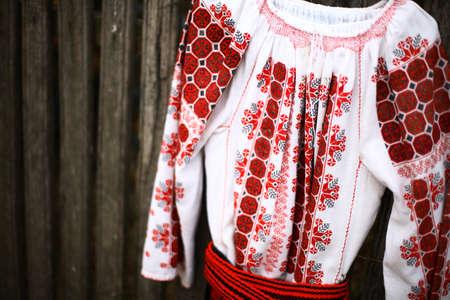 Photo pour Close up color shot of a traditional Romanian blouse - image libre de droit
