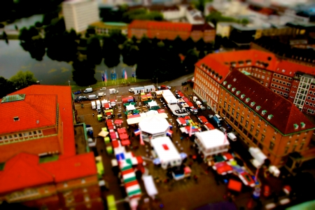 Pictures made with tilt shift during the Kieler Woche from the Town Hall Tower