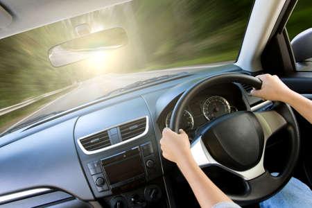 Foto de movement speed inside car view - Imagen libre de derechos
