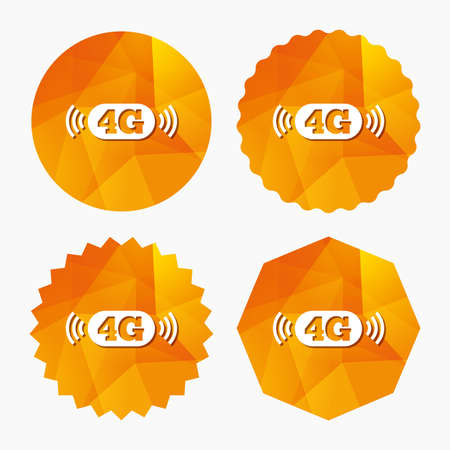 Illustration pour 4G sign icon. Mobile telecommunications technology symbol. Triangular low poly buttons with flat icon. Vector - image libre de droit