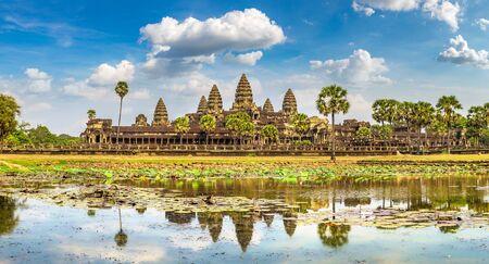 Foto für Panorama of Angkor Wat temple in Siem Reap, Cambodia in a summer day - Lizenzfreies Bild