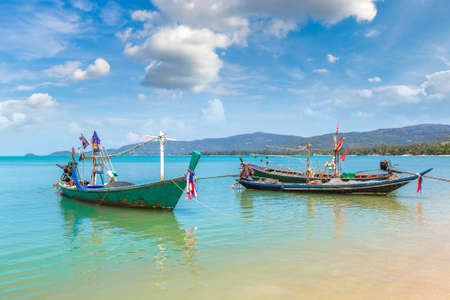 Photo pour Fishing Boats on Koh Samui island, Thailand in a summer day - image libre de droit