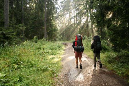 Foto de Two tourists on their way - Imagen libre de derechos