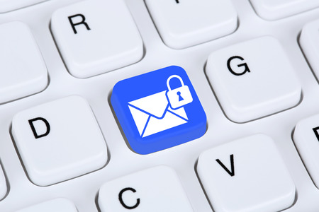 Photo pour Sending encrypted E-Mail protection secure mail via internet on computer keyboard with letter symbol - image libre de droit