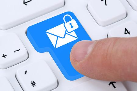 Photo pour Sending encrypted secure E-Mail email mail message on computer - image libre de droit
