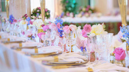 Foto für Catering table set service with silverware, napkin and glass at restaurant before party - Lizenzfreies Bild