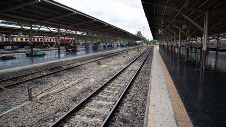 Photo pour Bangkok Patumwan /Thailand  August/8/2020, Railroad in the train station - image libre de droit