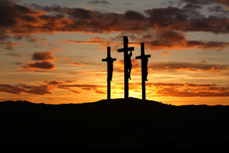 Photo pour Three crosses on the mountain Golgotha representing the day of Christ?s crucifixion - image libre de droit