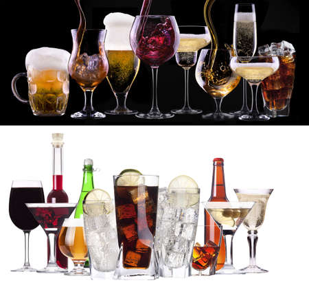 Photo pour different images of alcohol  - beer, martini, cola, champagne, wine, juice, scotch, whiskey - image libre de droit