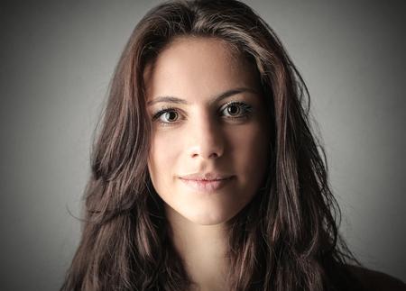 Photo pour Brunette woman's portrait - image libre de droit