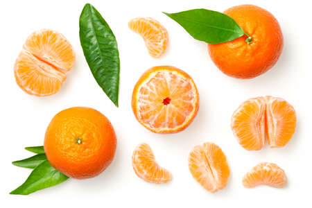 Photo pour Mandarines, tangerine, clementine with leaves isolated on white background. Top view  - image libre de droit