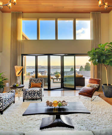 Photo pour Living Room with View in Luxury Home - image libre de droit