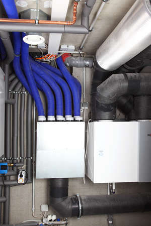 Air ventilation system and heating in passive house for energy efficiency