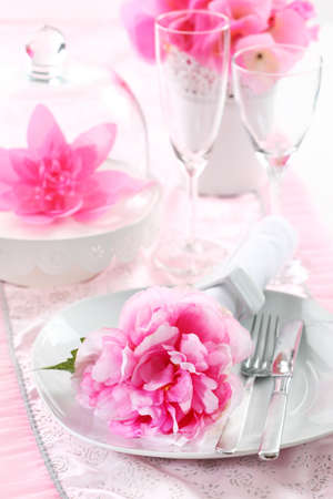 Romantic place setting in pink