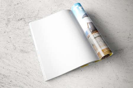 Photo pour Opened page of magazine - image libre de droit