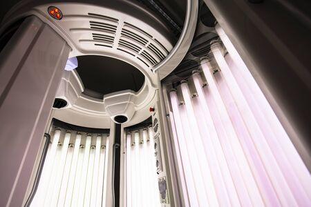 Photo pour machine for total body tanning - image libre de droit