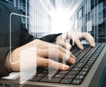 Photo pour male hands typing on a laptop - image libre de droit