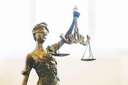 Photo pour Scales of Justice symbol, legal law concept image - image libre de droit