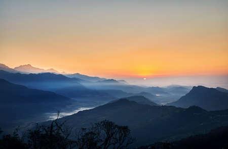 Foto de Beautiful sunrise in Himalaya Mountains in Nepal - Imagen libre de derechos