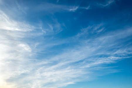 Photo pour Blue sky with cloud for background - image libre de droit