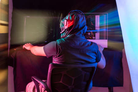 Photo pour Expression session. Young man playing videogames with different facial expressions - image libre de droit