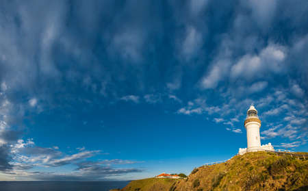 Photo pour Cape Byron Lighthouse, Byron Bay, New South Wales, Australia - image libre de droit