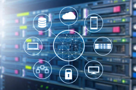 Photo pour Cloud technology connected all devices with server and storage in datacenter background - image libre de droit