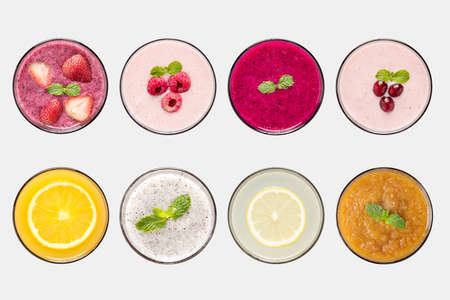 Photo pour Design concept of mockup fruit smoothie and fruit juice set isolated on white background. - image libre de droit
