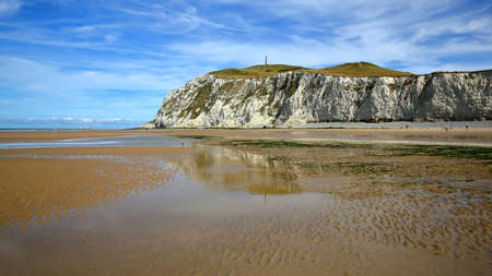 Cap Blanc Nez, Cote d'Opale, Pas-de-Calais, France: The beach at low tide