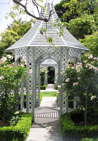 wedding chapel and garden for cerimony