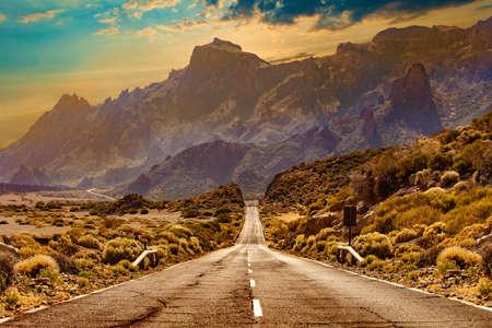 Photo pour Road through the scenic landscape to the destination in Tenerife natural park. - image libre de droit