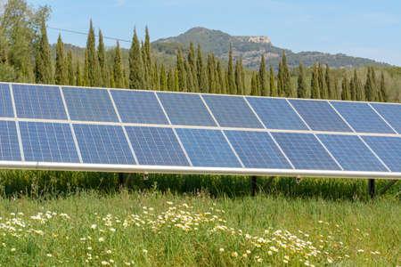 Photo pour Solar photovoltaic power generation system , solar photovoltaic system, photovoltaic power system - image libre de droit