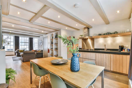 Photo pour Cozy dining room in a luxury house with modern design - image libre de droit